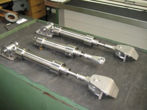 Levi Hydraulic Rudder Cylinder incl. attachment to retrofit aLevi drive Unit (LDU)